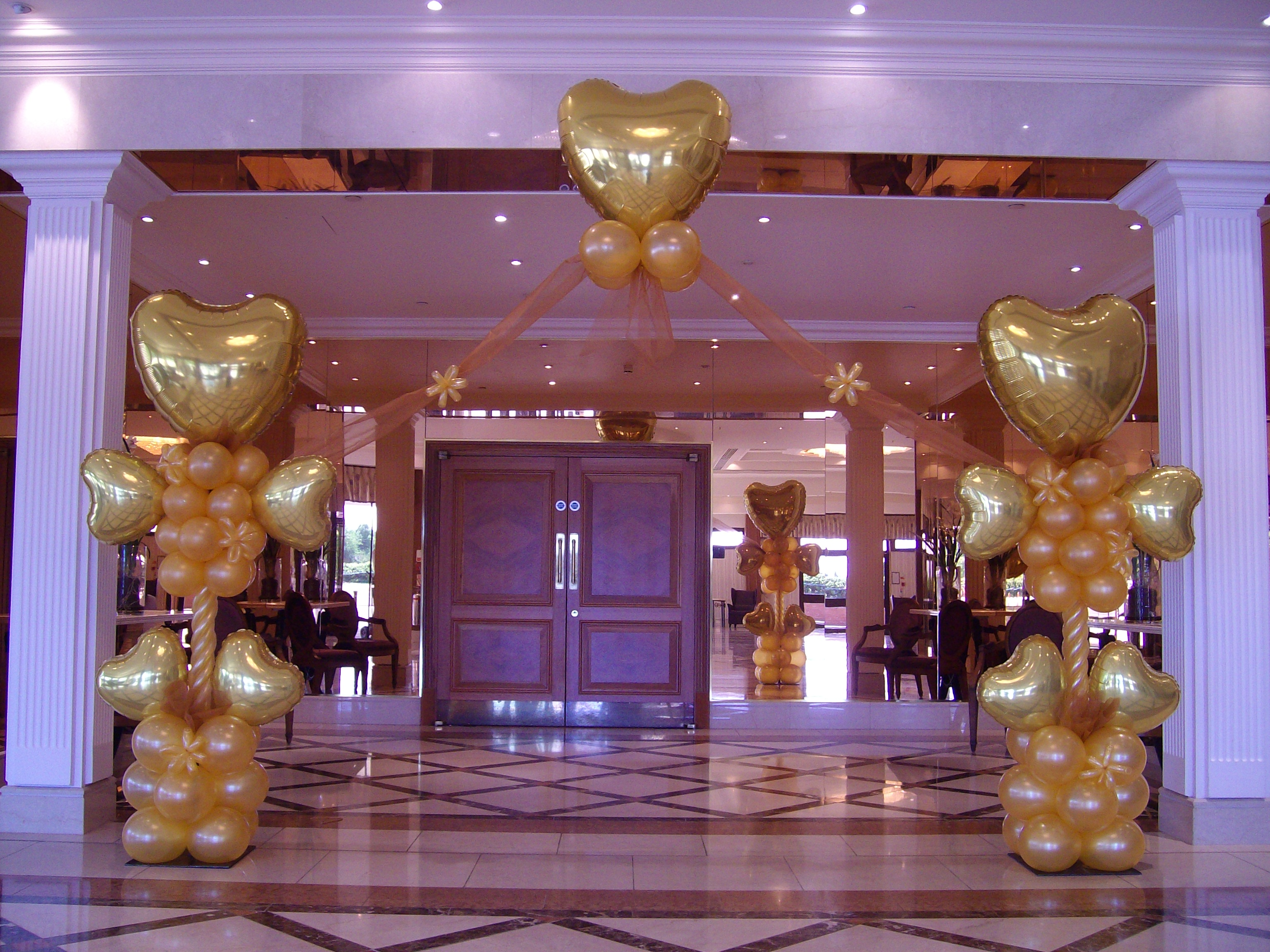 Winning balloon decoration for parties weddings amp events page 19